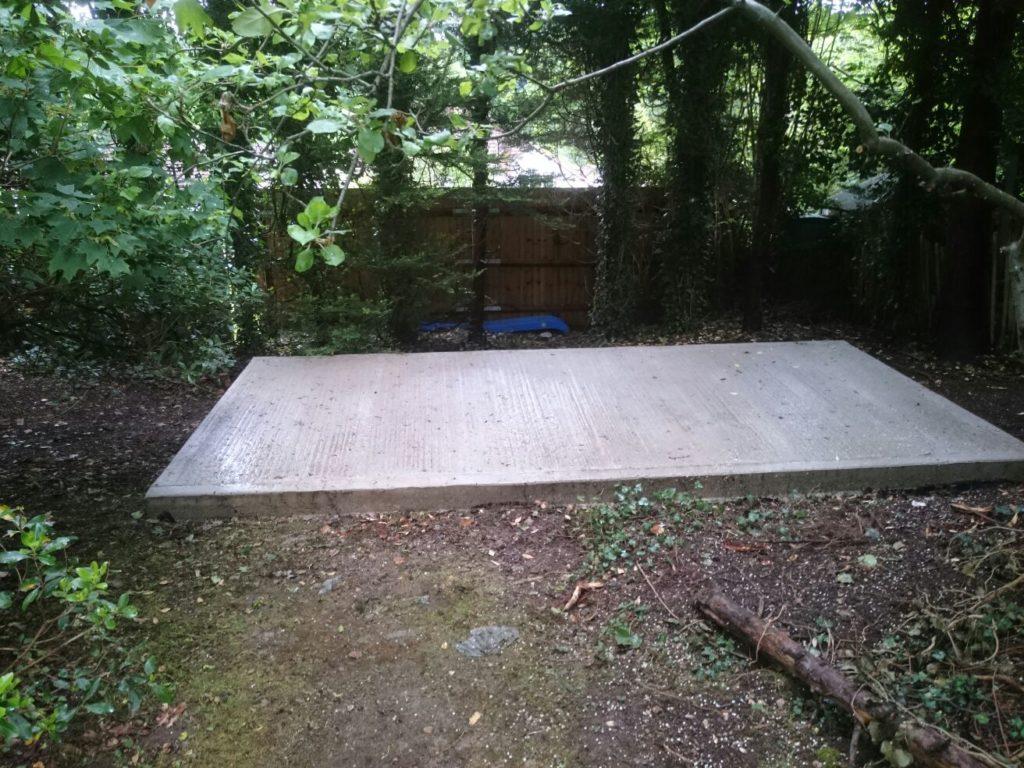 Driveway extension shed base purley croydon vaslandscapes for Base for concrete driveway