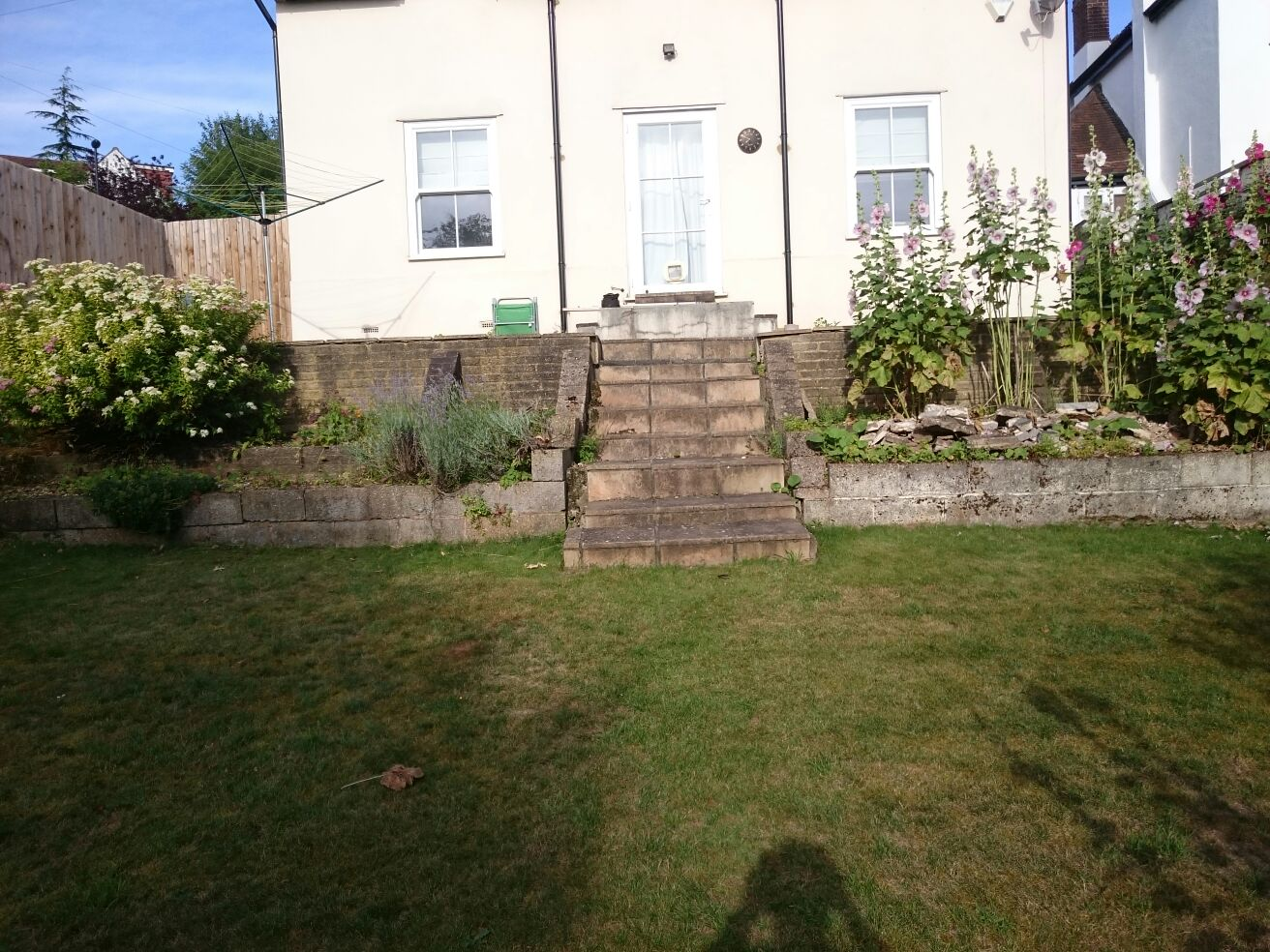 garden patio builder croydon