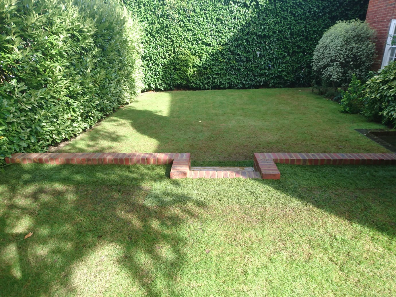caterham wall and sleepers